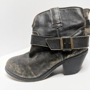 Corral Distressed Genuine Leather Boots Size 9